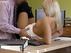 LOAN4K Great clerk lures the handsome girl into having a lovemaking session