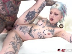 Pierced and tatted hotty gets jammed by a fat shaft