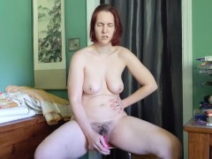Custom-built - Fuckslut gets facefucked while jerking and finishes off stiff