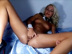 Beaver opened up broad close-up Vaginal going knuckle deep