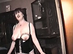 Homemade film with mature lady and 3 guys